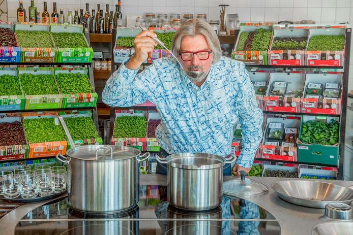 [Interview in AD Westland] Rob Baan wil mensen met groenten laten 'schilderen op hun bord'